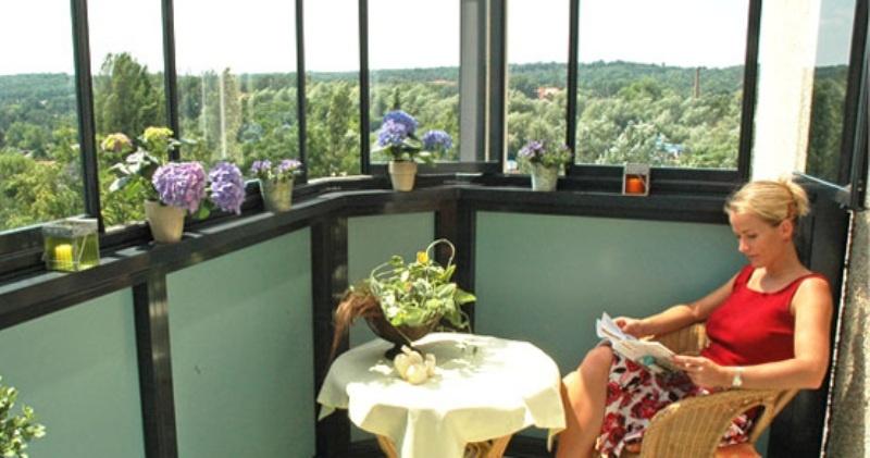Примеры незапланированного остекления балкона..
